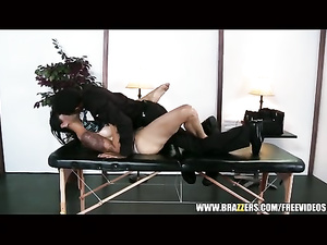 Instead of hot massage girl gets anal fuck